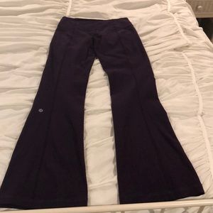 Reversible Lululemon wide leg leggings